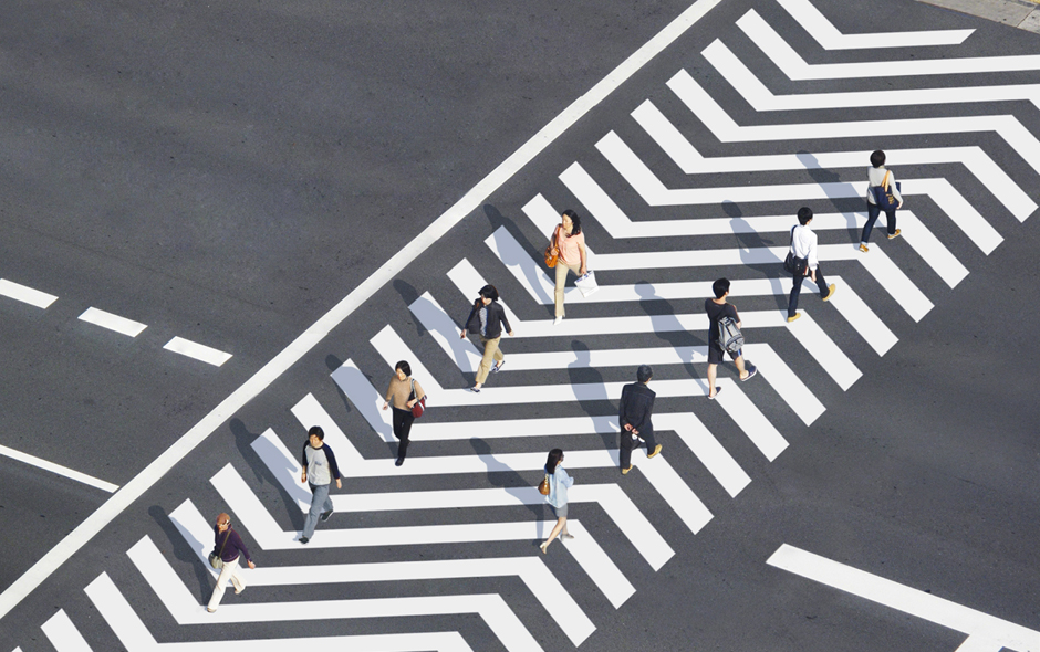 1/4 xcrosswalk by Naoki Kaminaka and Ryo Yamaguchi is a new way of marking crossings with arrows that help guide pedestrians in the right direction.