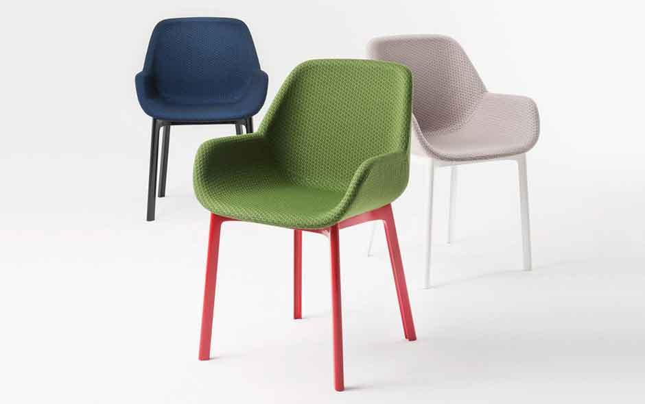 8/8 Clap armchair by Patricia Urquiola.