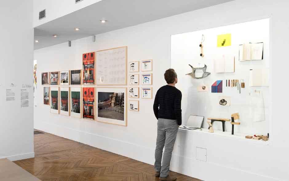 5/6 Research models, films, photography and around 300 drawings tell stories of the Bouroullec's work over the past 15 years.