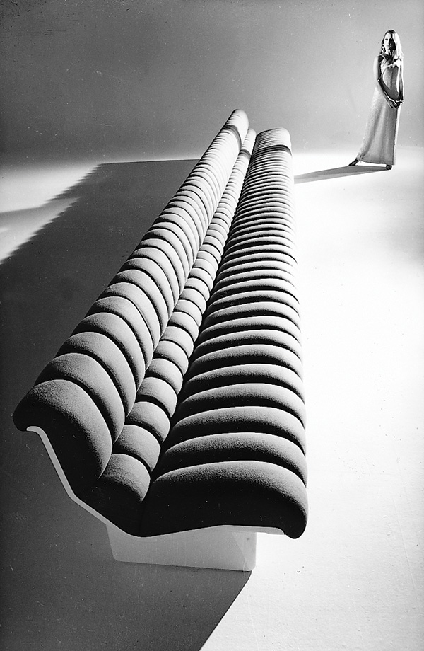 The Lombrico continuous modular sofa designed by Marco Zanuso.