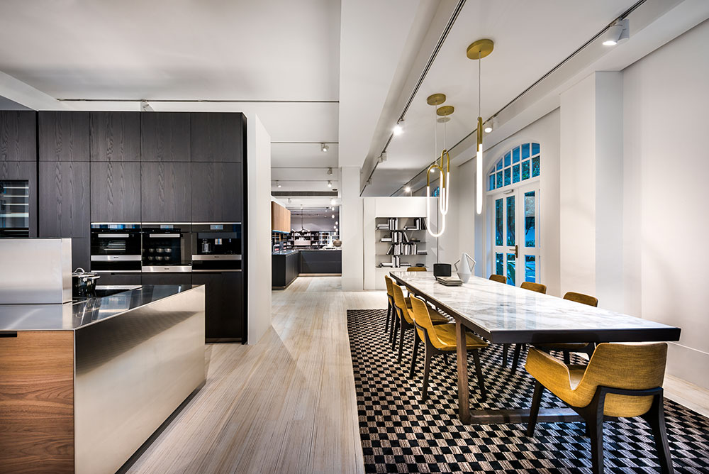 The  Varenna Kitchen Gallery  at Space Furniture Singapore spans 2,700 sq/ft.