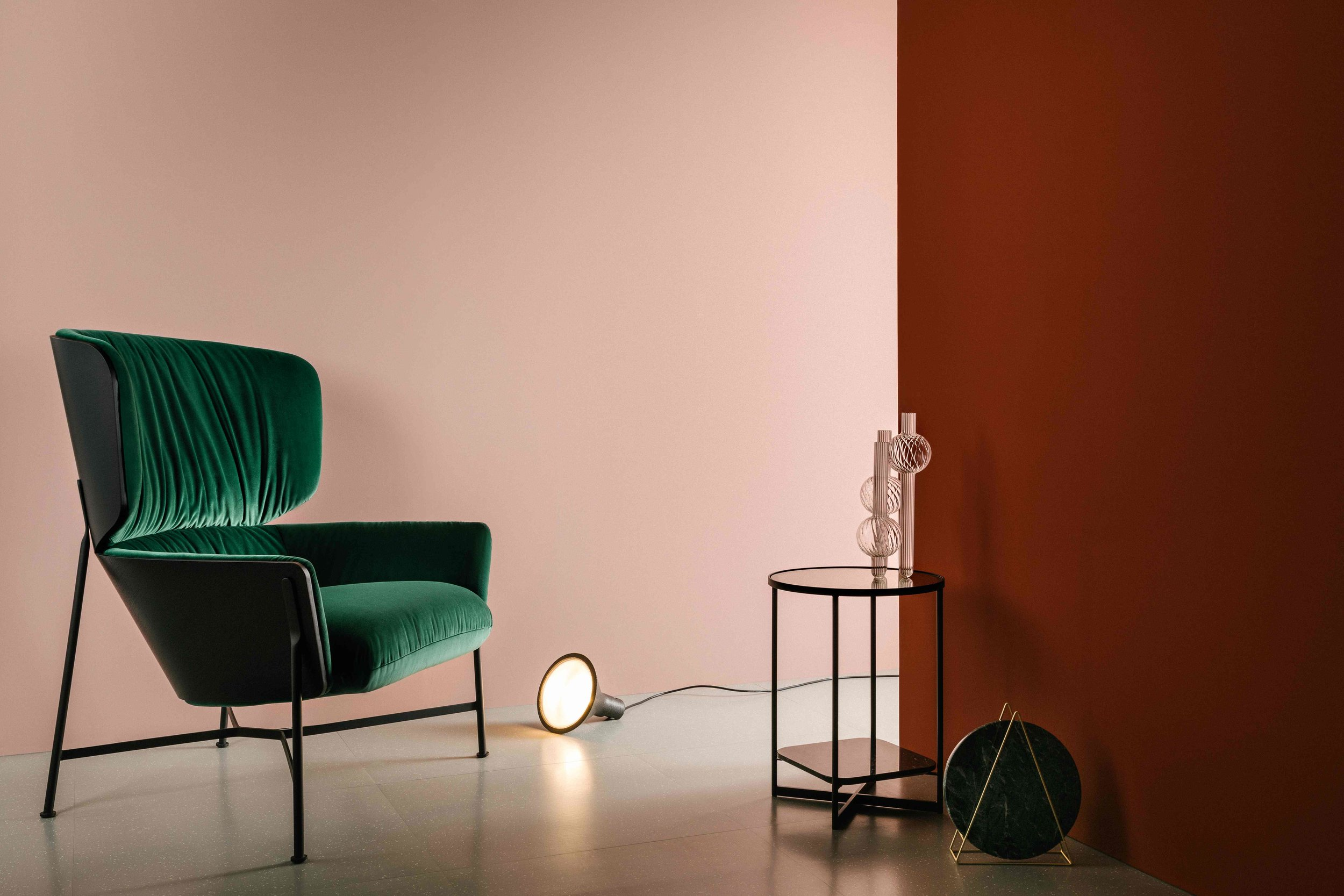 The bespoke upholstery, refined forms, materials and colours of the Tim Rundle collection for SP01 evokes mid-century Italian  moderne.