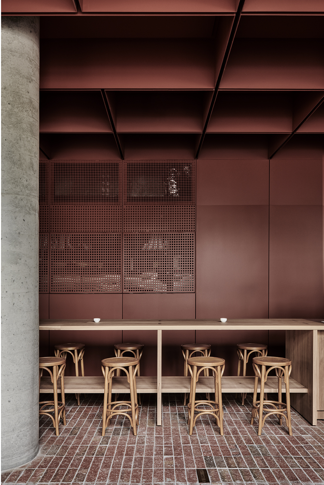 The Bentwood café draws on traditional materials, like brick and timber, to create an interior with a sophistication found in its details,raw textures and earthy tones. Photo Tom Blachford.