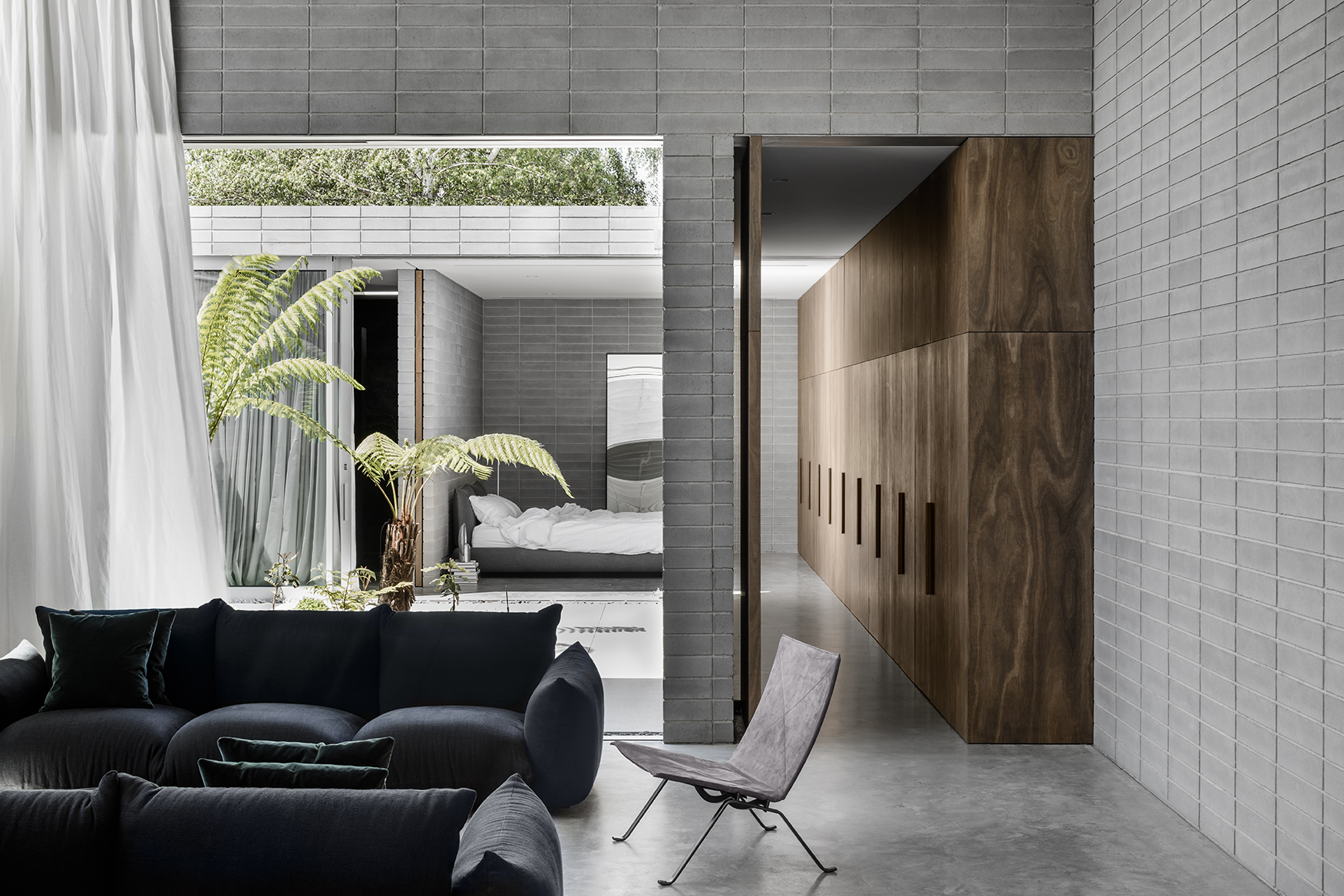 """The Highbury Grove House by Ritz & Ghougassian was awarded a Commendation at the Australian Interior Design Awards, the design practice described by the jury as, """"refined, architecturally rigorous and notable for its strong adherence to a set of shared design values"""", Photo Tom Blachford."""
