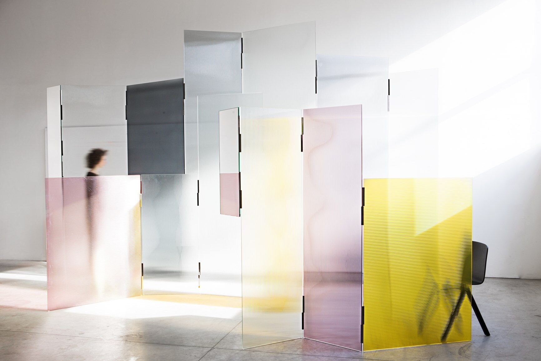 Designed by Ronan and Erwan Bouroullec, the Rayures collection of textual glass screens expands on the Aladdin and Sharazade collections with a series of moveable interior screens that use the wonderful effects of glass to obscure or not. Photo c/o Glas Italia.