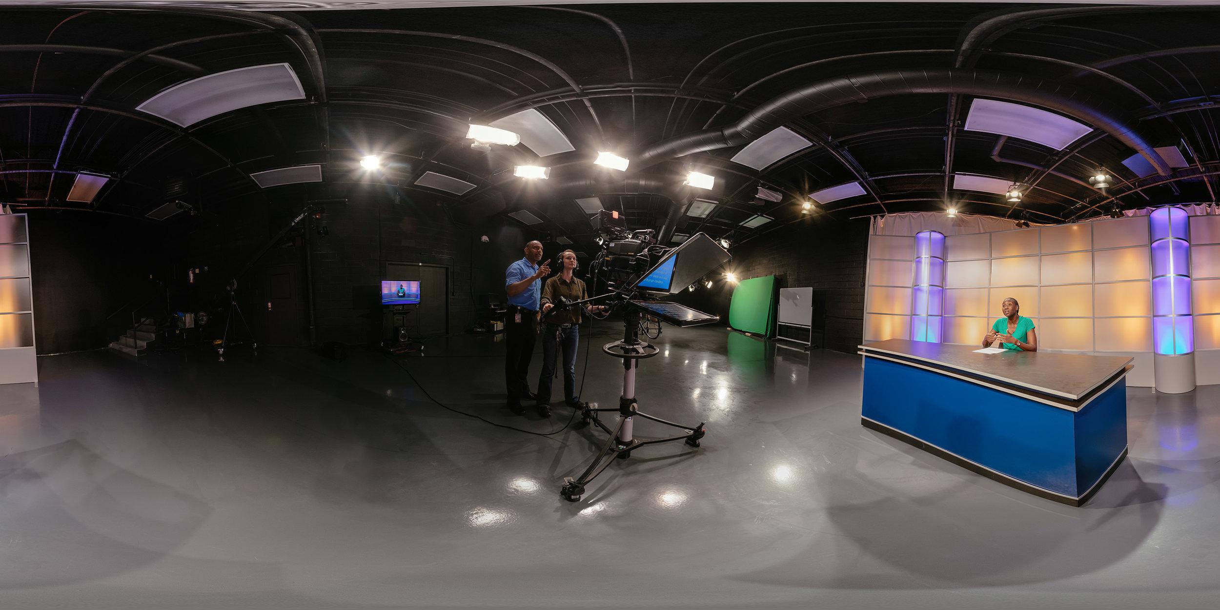 Broadcast2_0000_sm.jpg