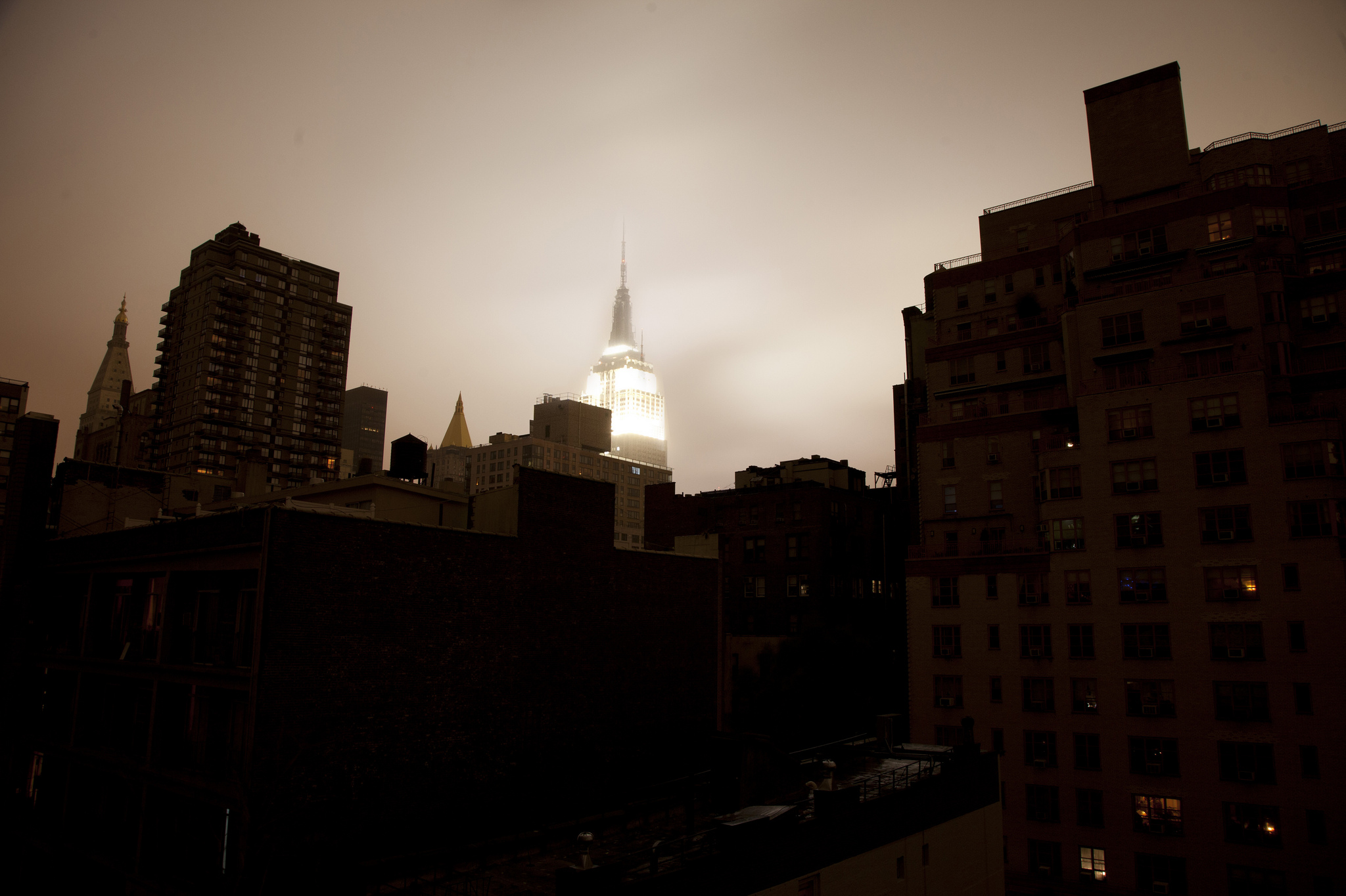 Blackout, United States, New York, New York City, Lower Manhattan, Hurricane Sandy.  Chris Ford via Flickr , shared with a    CC BY-NC 2.0 license .
