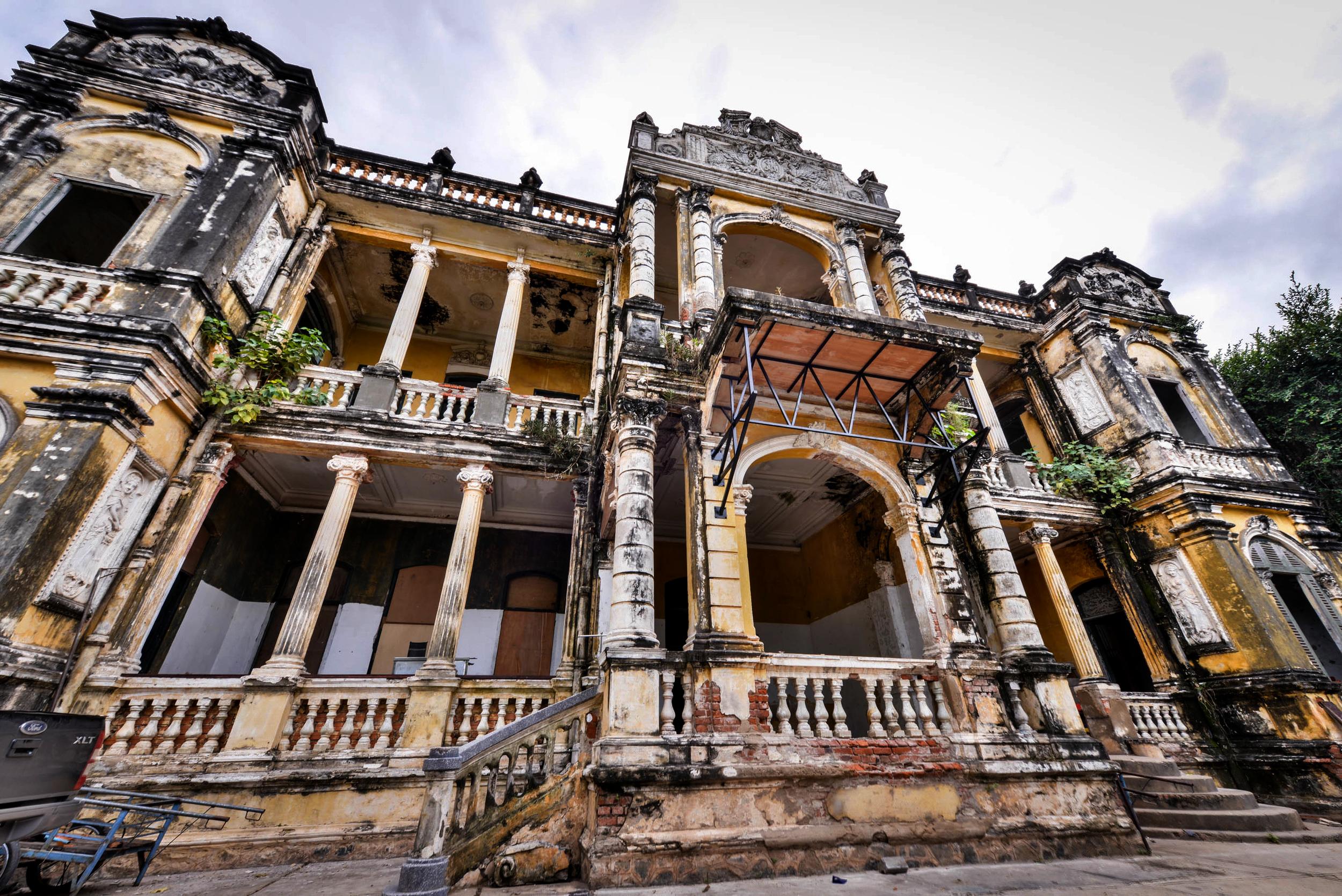 FCC mansion Phnom Penh
