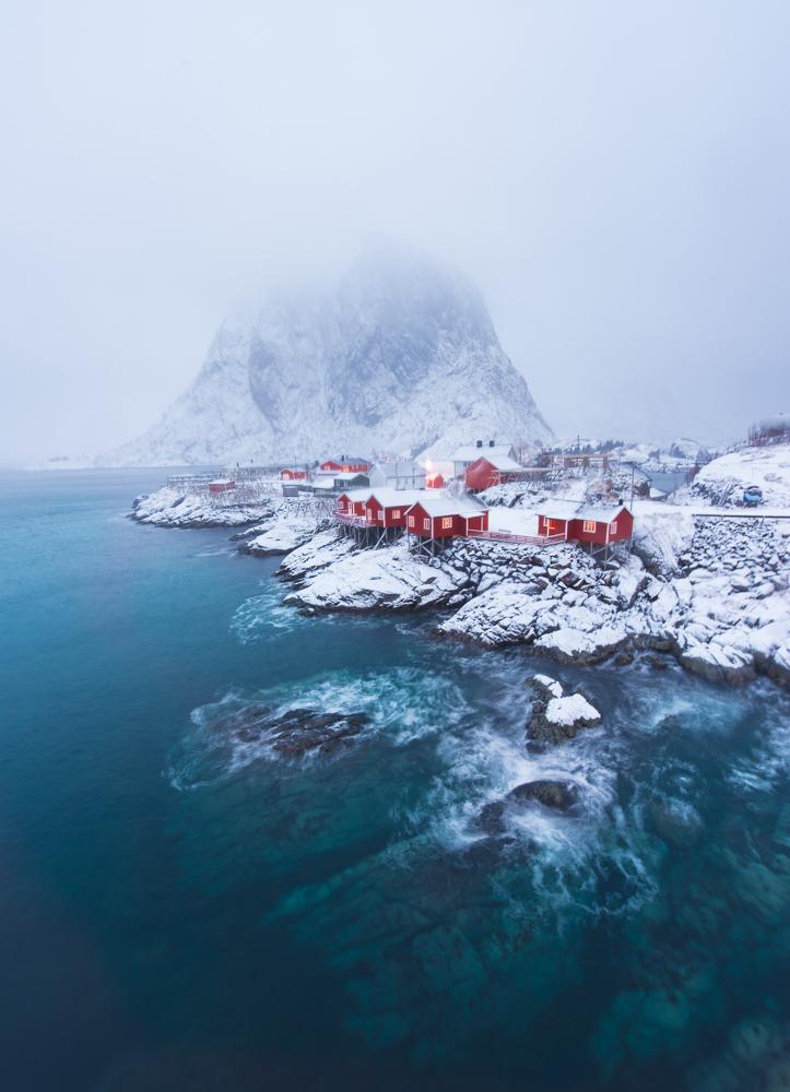 Hamnøy in snow. Nikon D750, 15mm f/2.8, 2.5 sec, ISO 250