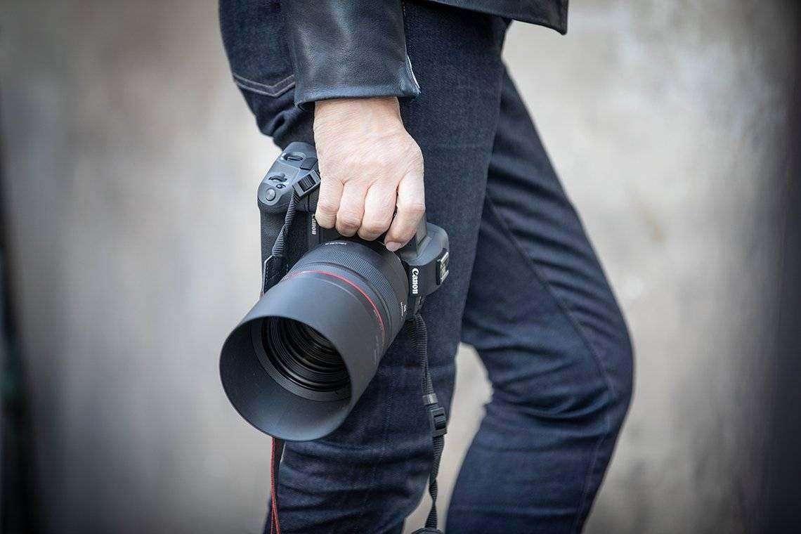 canon-pro-rf-85mm-f1.jpg