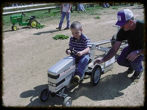 "pedal power ""tractor pull"" - Thursday August 1, 20191:00 PMAges 4-9"