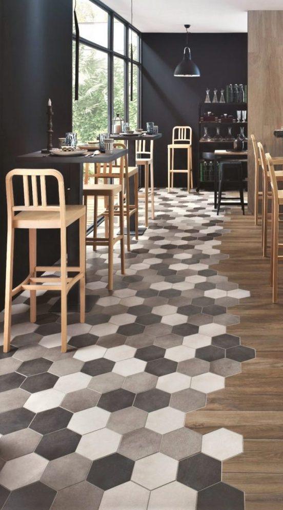 Płytki-heksagonalne-a-wykończenie-restauracji-pubu-Ragno-1000x1347-742x1000.jpg