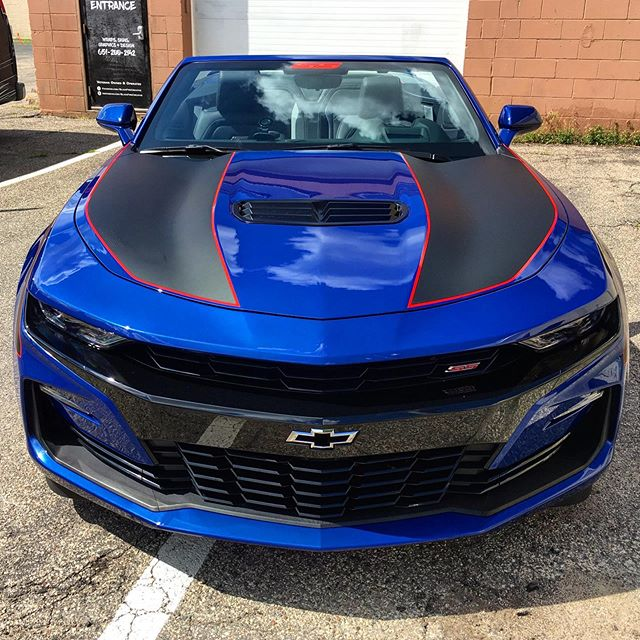 Custom hood graphics for this 2019 Camaro SS. #WeWrapEverything #CustomGraphics #1080 #3M #Camaro #SS