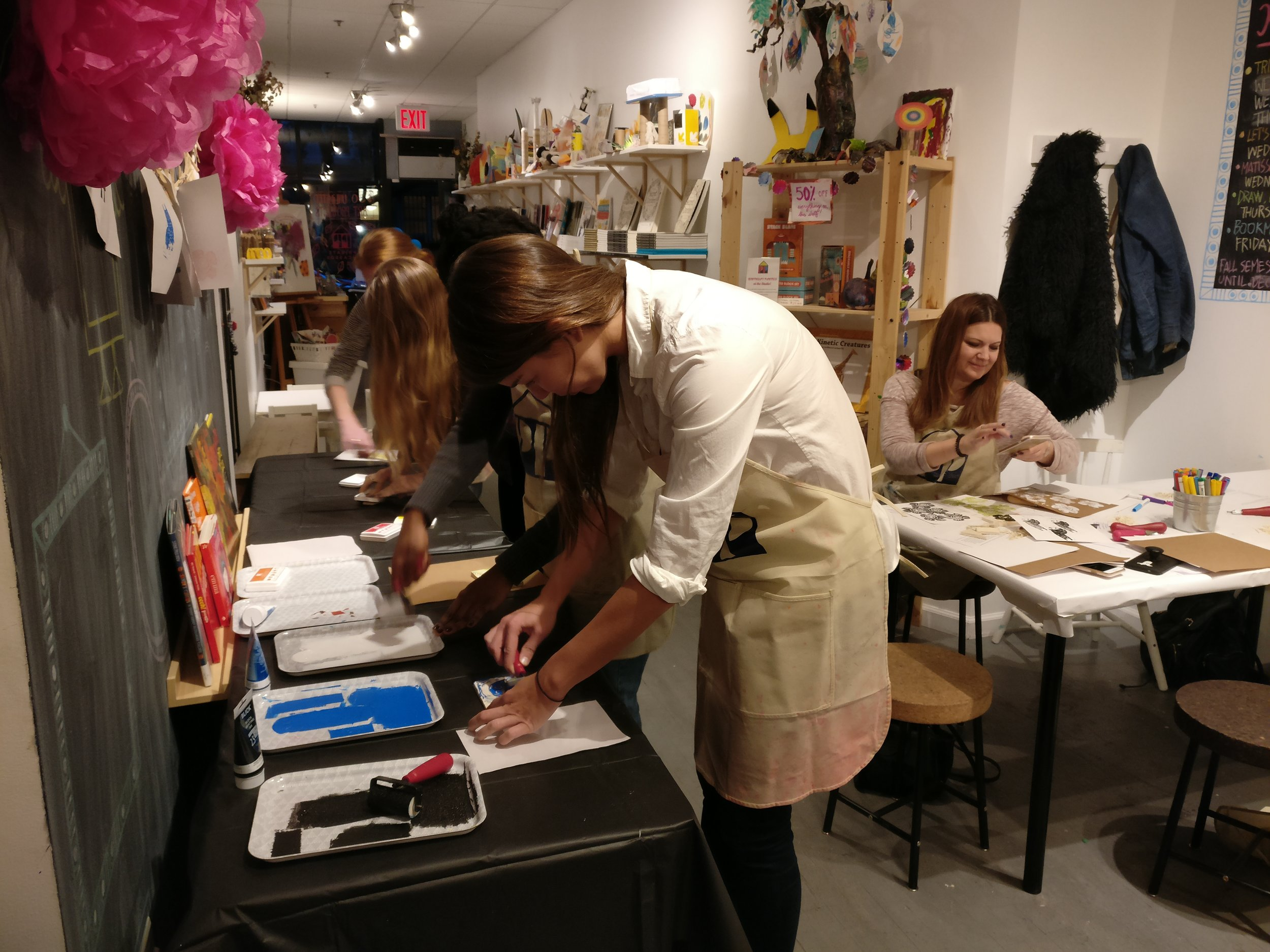 Printmaking adult @ studio 2.jpg