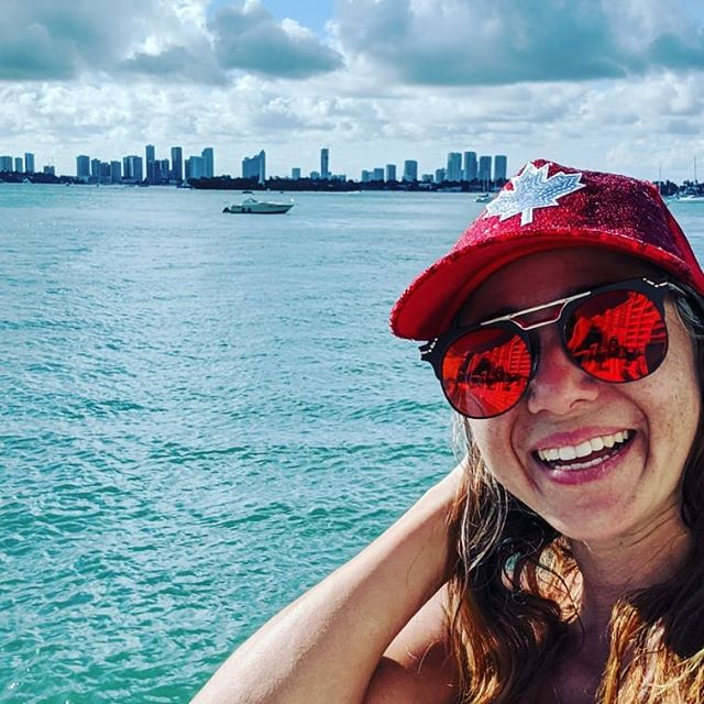 Hello Miami! Sun, sea and Kimmy I love you. . Had an awesome 6K run around the beach 🏃 🏖 . Then got the office set up sea side for some work 🖥. Now get some pool time 😊 . People keep asking me if I'm Canadian, don't know why. . . . . #florida #miami #sea #ocean #fun #happy #iamcanadian #kimmyandkatie #girlsworktrip #workandplay #balance #fl #sunglasses #mapleleaf #hats #run #sand #pool #usa #travel #travelphotography #travelFL #sun #katiesquest #trainforlife #train4life #sealife