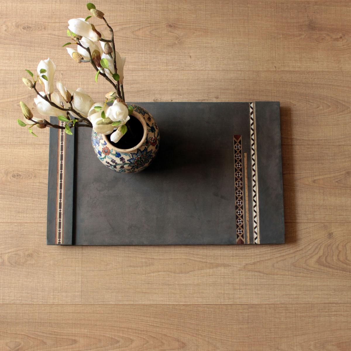 wood-tray-dark-concrete.jpg