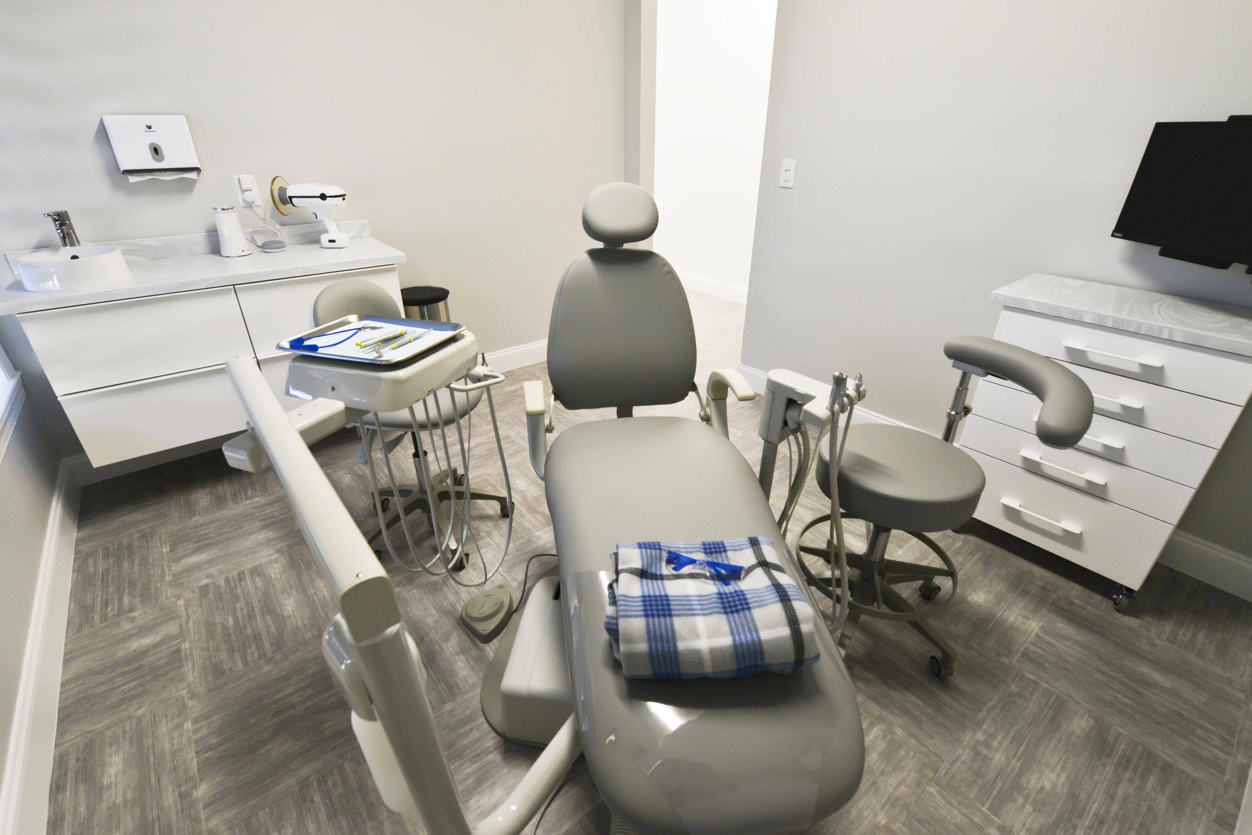 Smileplicity Dentistry-081.jpg