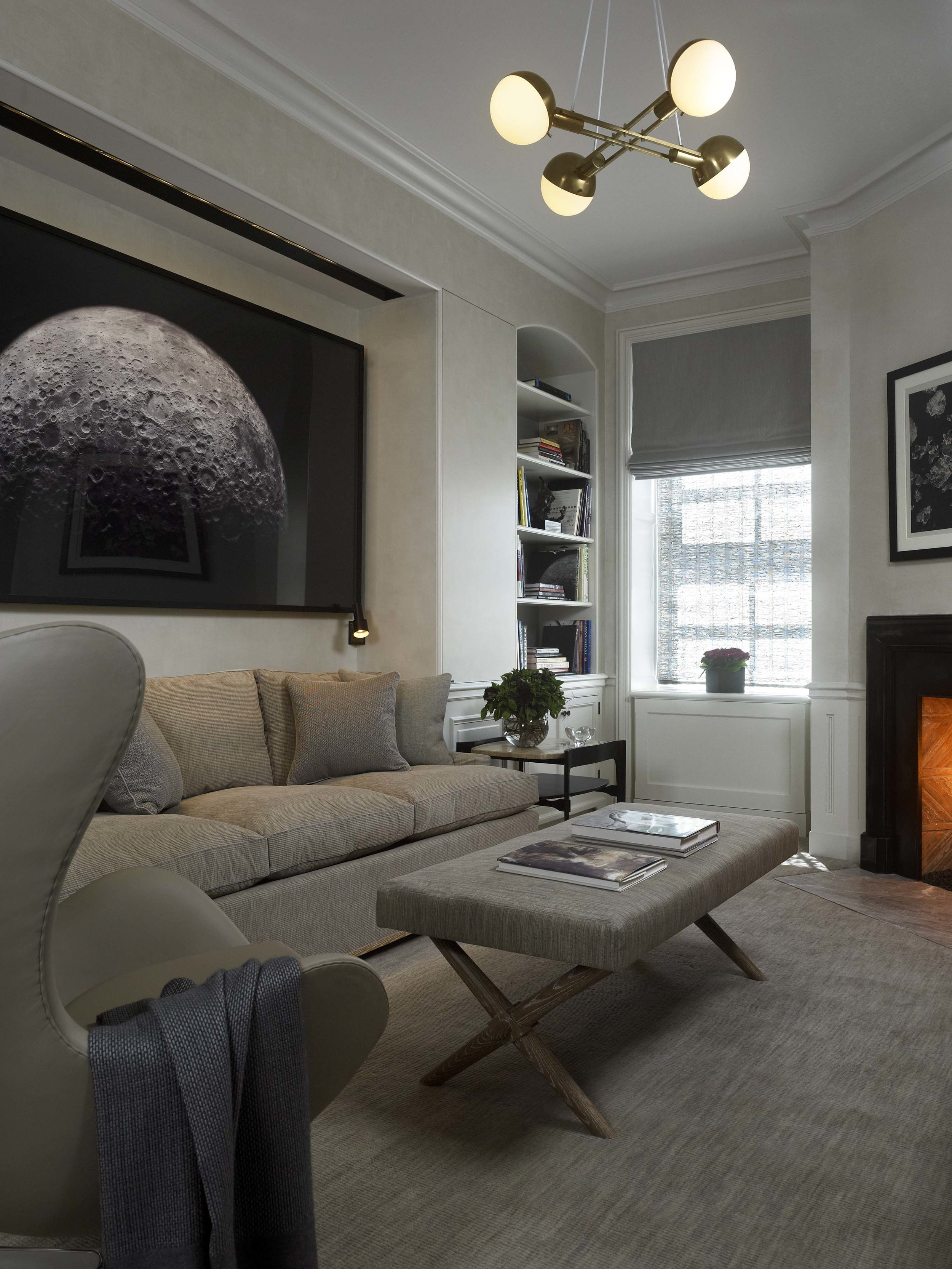 Lakeshore Drive Apartment Guest Sitting Room