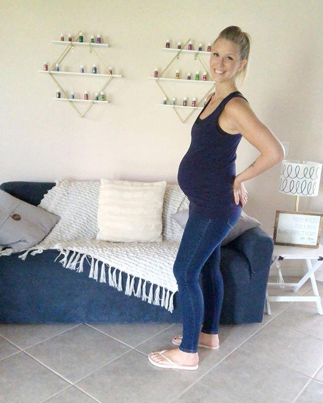 24 Weeks! Incredibly thankful. . . . . . . . . . . . #BabyLandric #babyboy #babybump #babynumber6 #babyprops #birth #boymom #burrisburrito #duein2019 #dueinoctober #itsaboy #liveauthentic #momlife #motherhood #pregnancy #pregnancyafterloss #pregnancydiary #pregnancyglow #pregnant #rainbowbabies #rainbowbaby #thatsdarling #turnersyndrome #24weeks