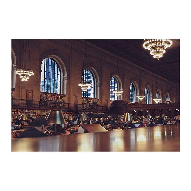 #NYC #newyork #street #streetstyle #library