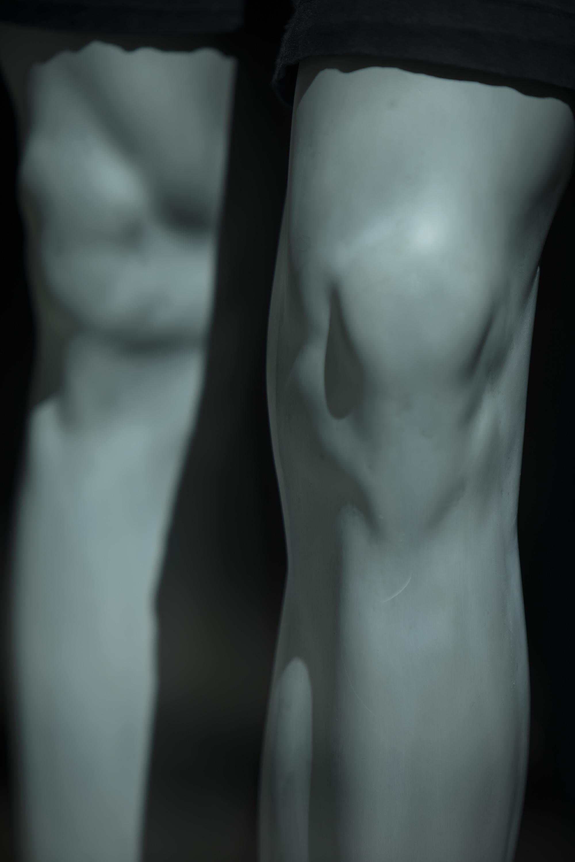femalemaleknees-2.jpg