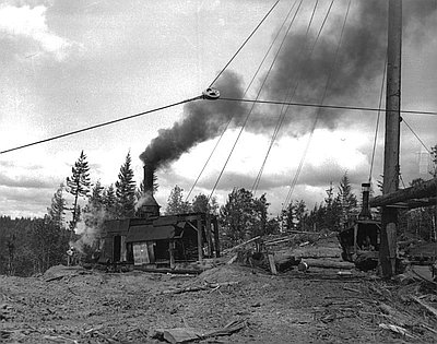 Donkey engine in the Willamette Valley, 1915. Oregon State University Archive, Gerald W. Williams Collection, Willamette Valley album. From  Oregon Encyclopedia