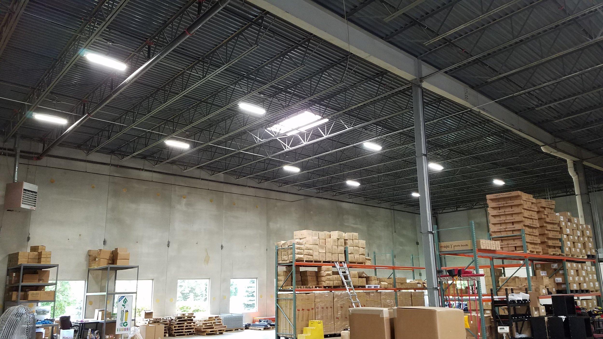 Delviro LED HiBay w/ occupancy sensor controls