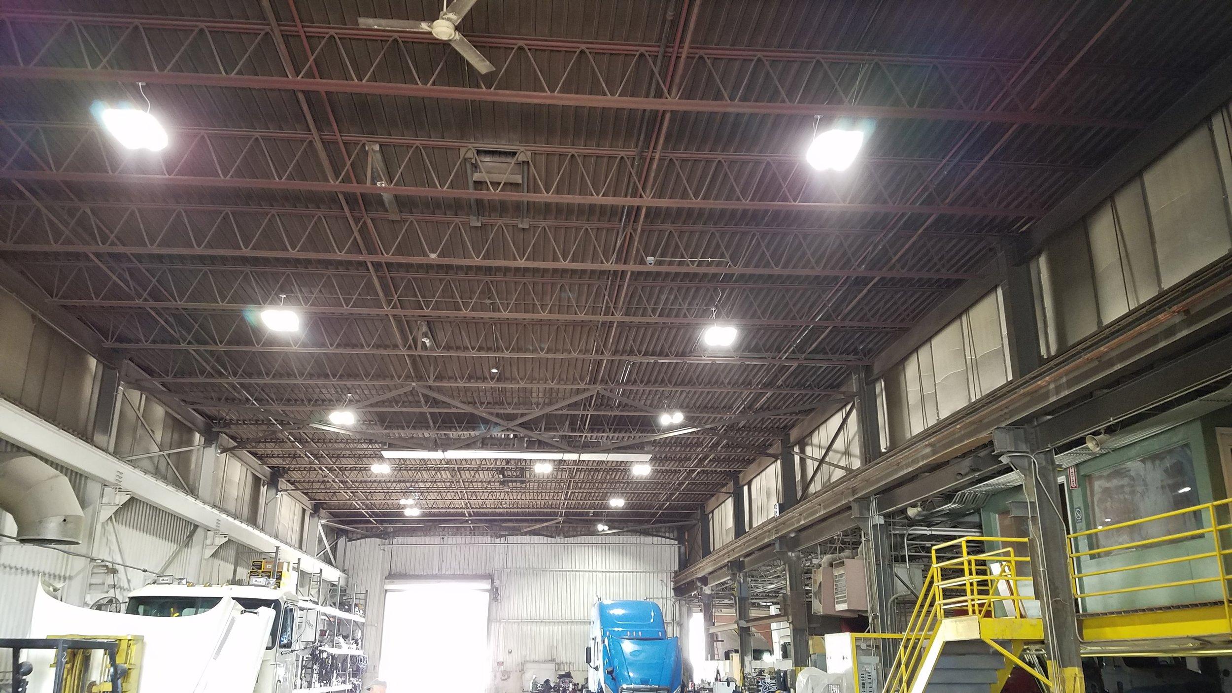 LED HiBay with Daylight Harvesting Sensors