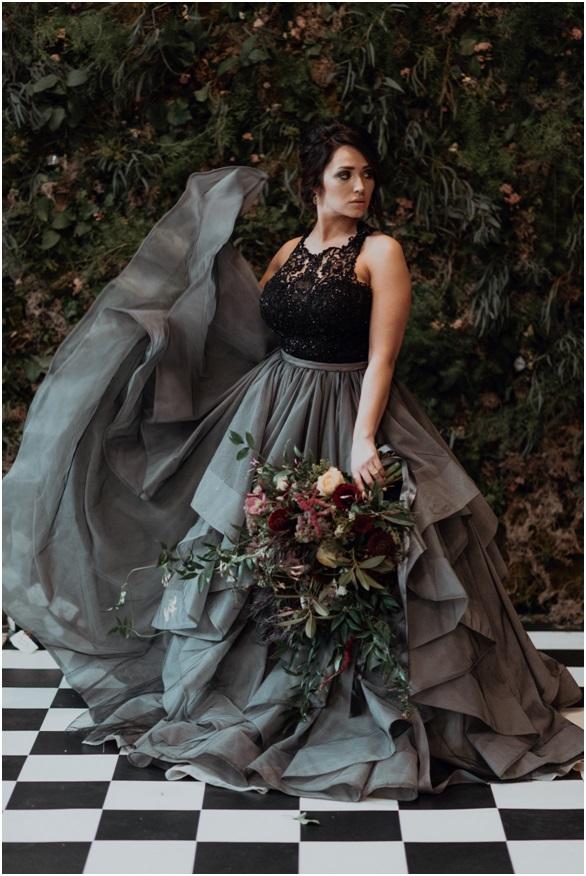 alice-in-wonderland-wedding-dress.jpg