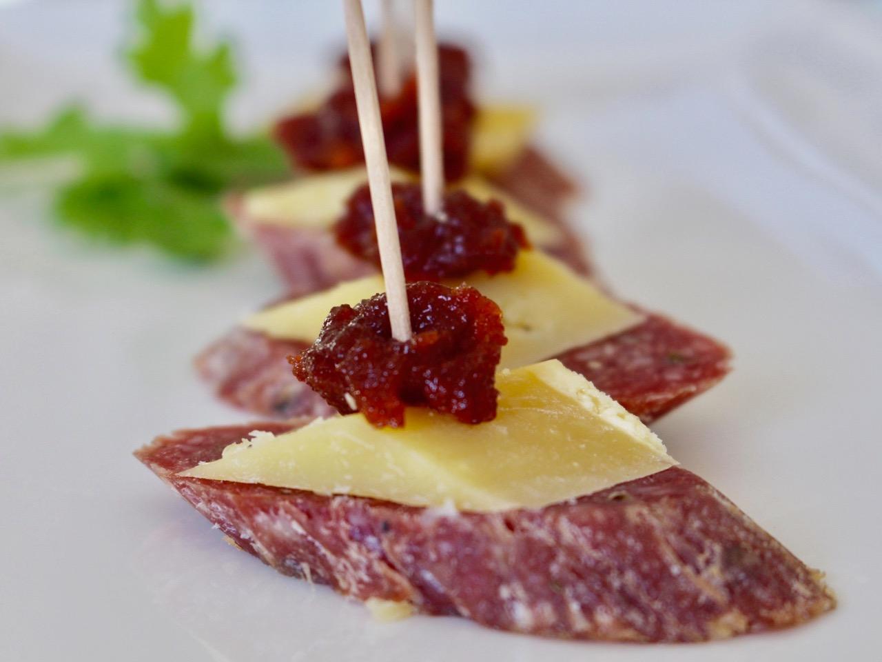 salami canapés