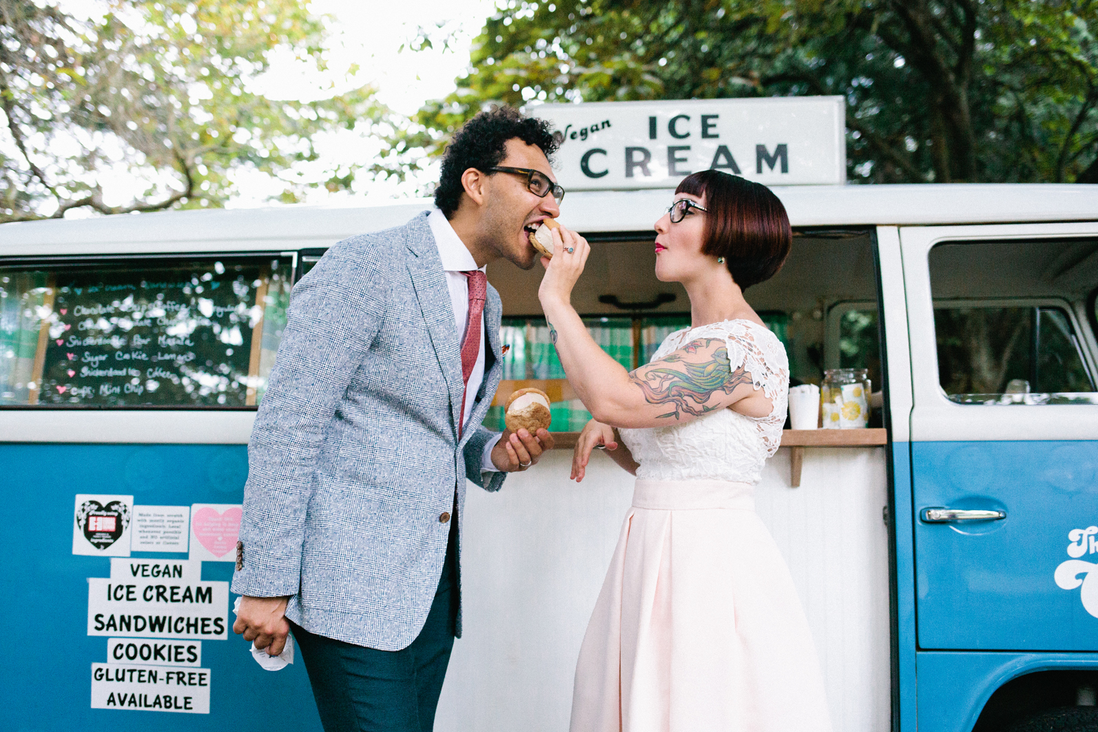 Ice Cream Cookie service from Seattle Cookie Counter at a Volunteer Park Conservatory Elopement.