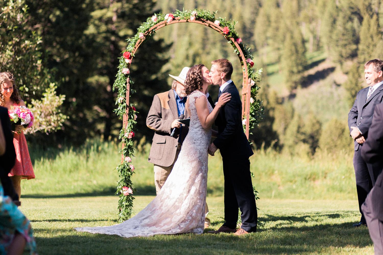 webakp_gatlin_wedding-26.jpg