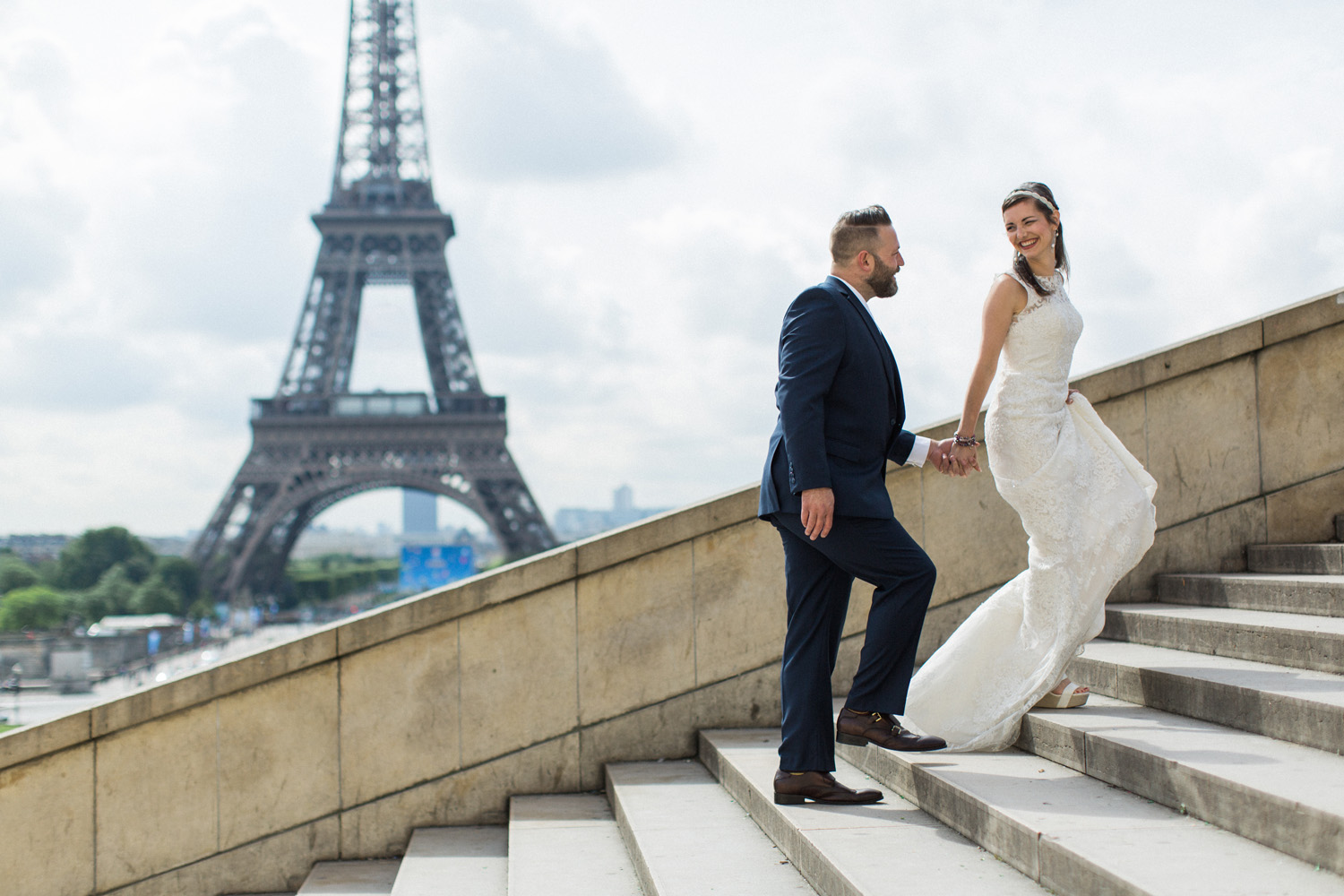 paris elopement wedding trocadero square steps.jpg