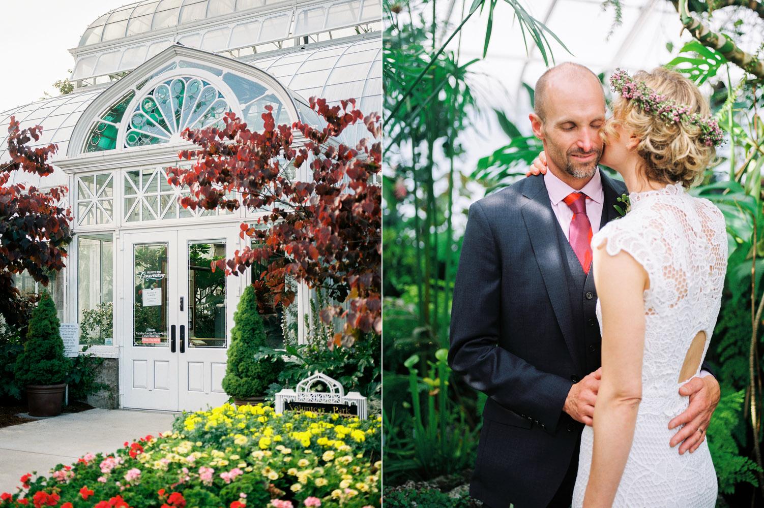seattle volunteer park wedding photographer intimate elopement.jpg