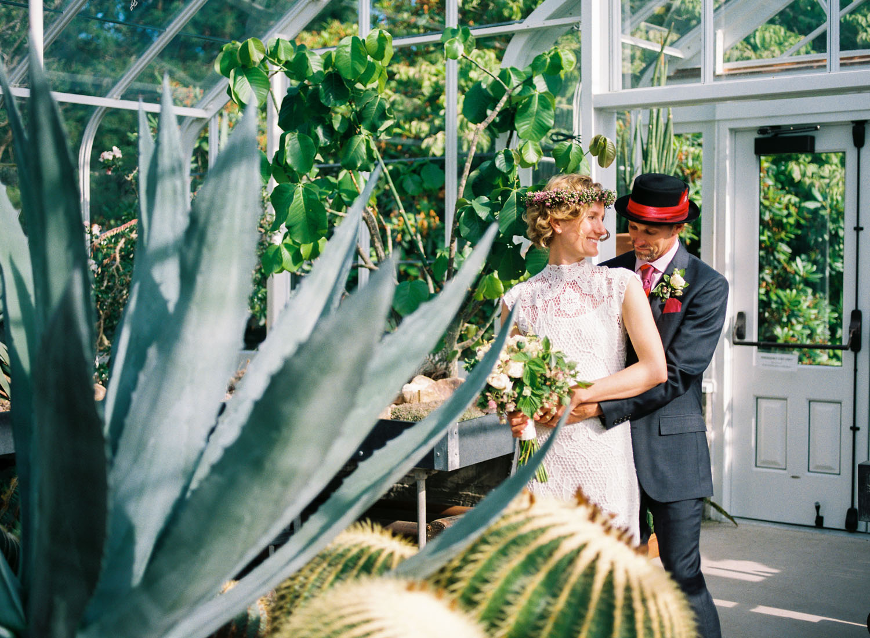seattle volunteer park conservatory wedding cactus elopement portraits.jpg