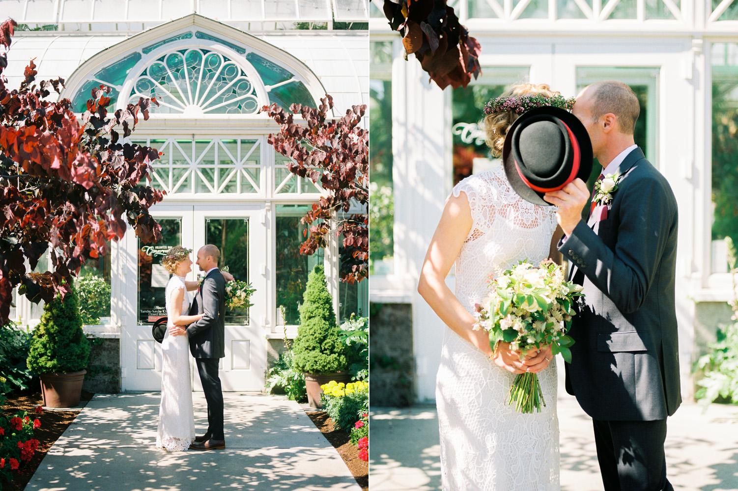 volunteer park conservatory wedding photography.jpg