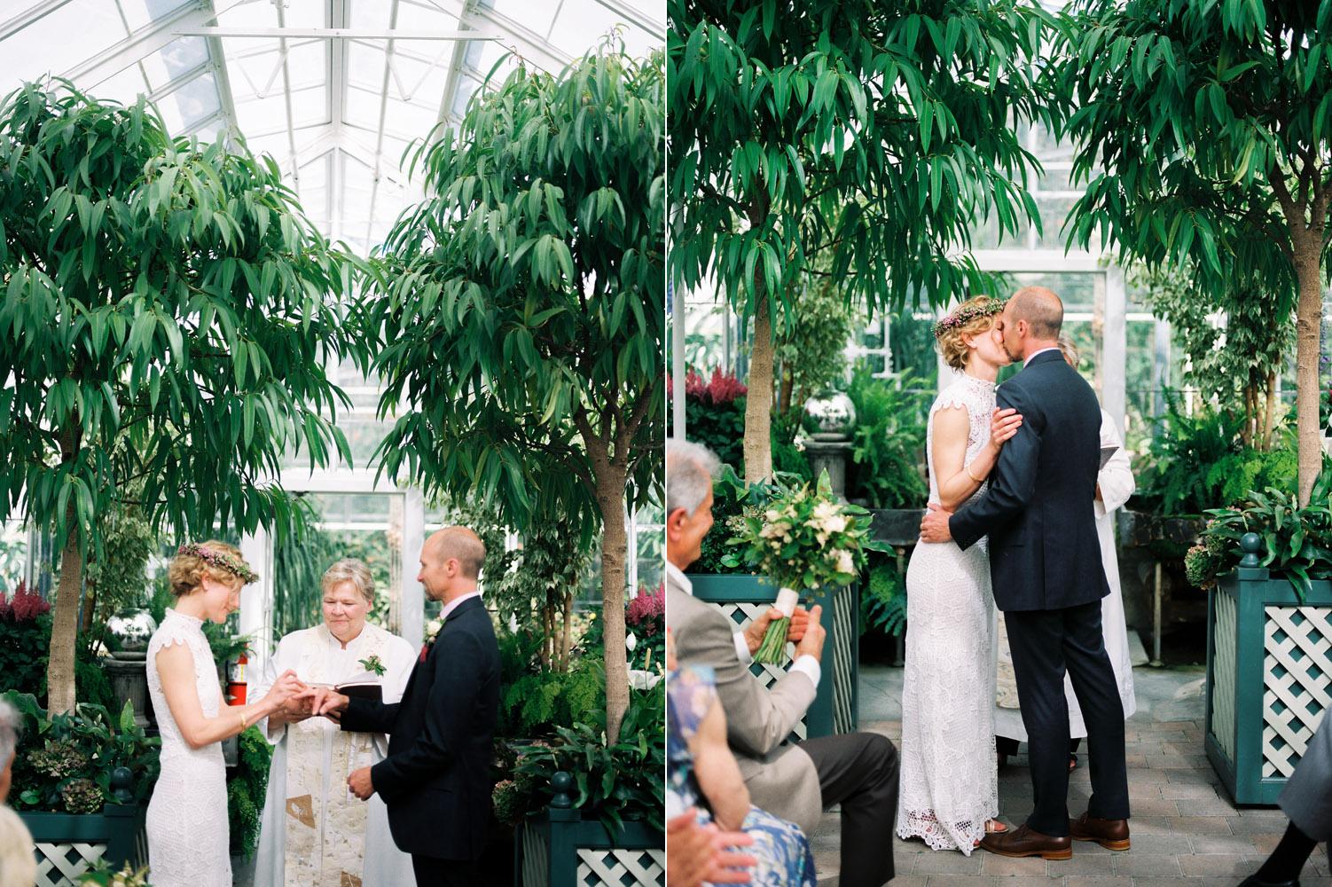seattle volunteer park observatory wedding ceremony.jpg