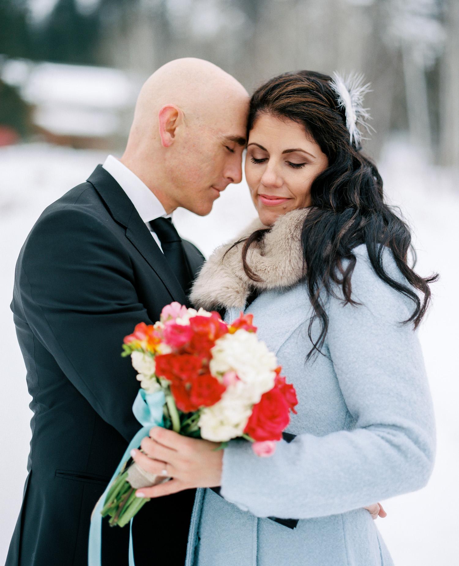Sleeping Lady Mountain Resort in Leavenworth Winter wedding photography