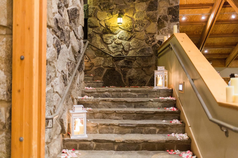 Sleeping Lady Mountain Resort in Leavenworth Winter wedding photography in the Salmon Gallery