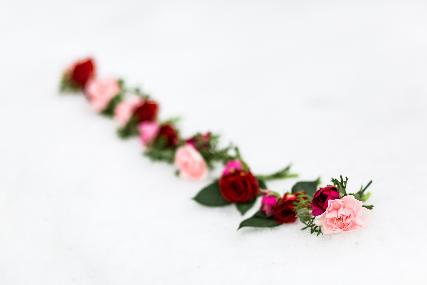 Winter Wedding Red and Pink Flowers.jpg
