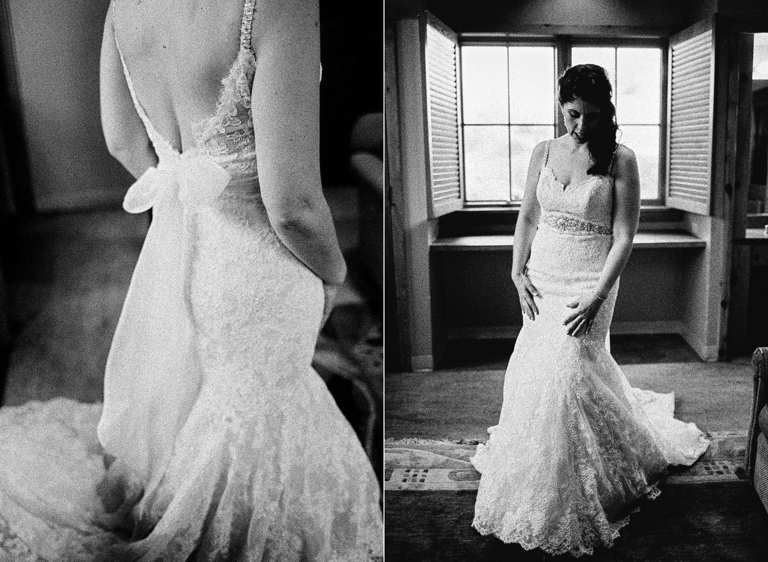 Sleeping Lady Mountain Resort in Leavenworth Winter wedding photography bridal suite