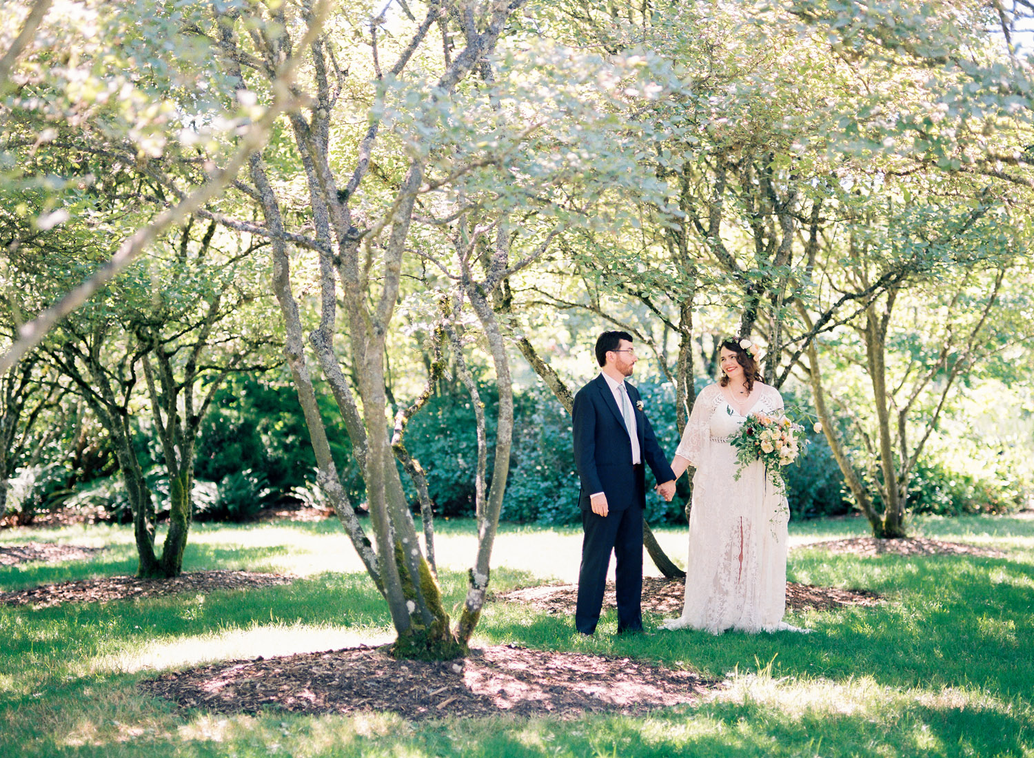 Boho Bride and Groom at the University of Washington Center for Urban Horticulture Summer wedding