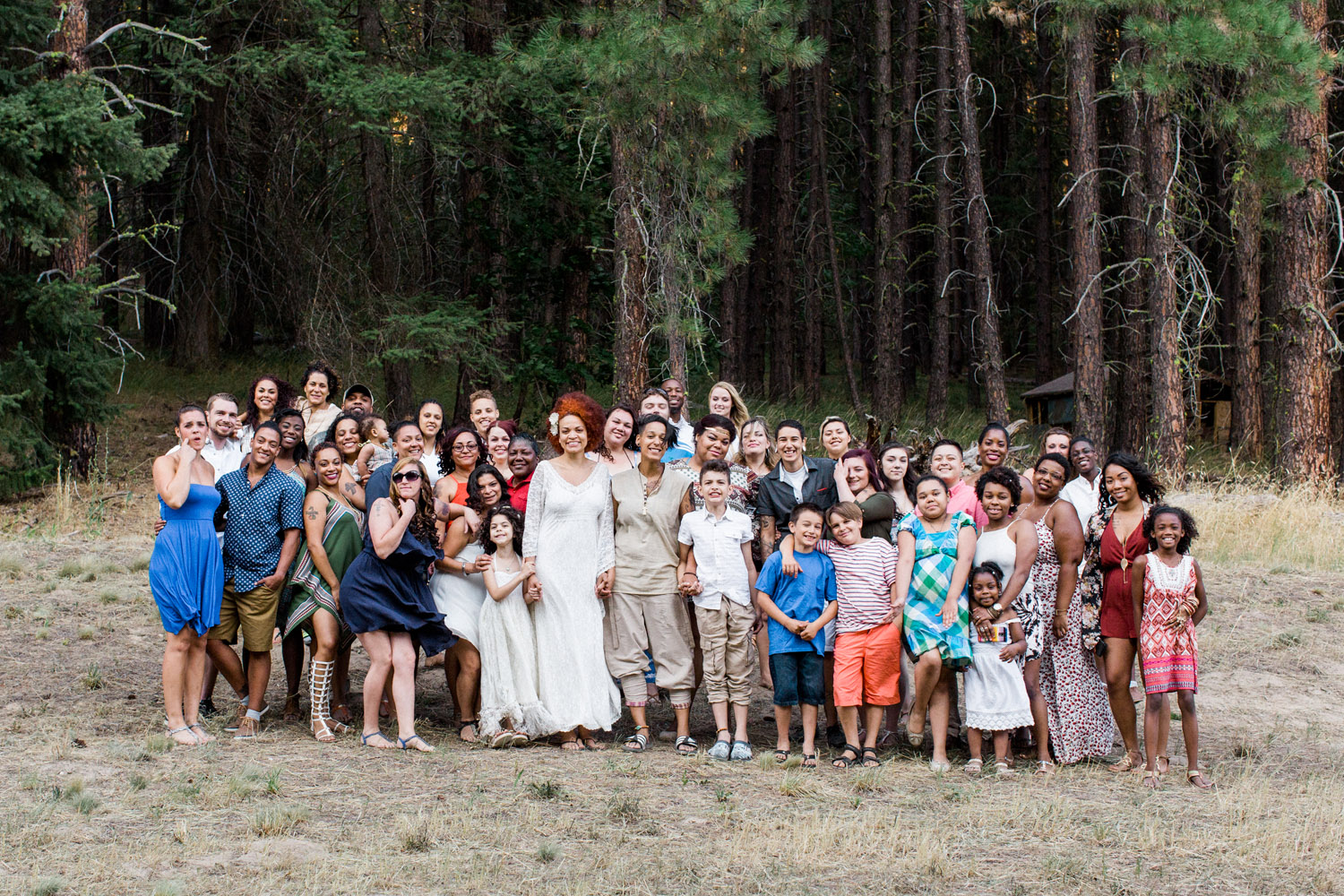 leavenworth washington boho camground wedding photography group photo.jpg