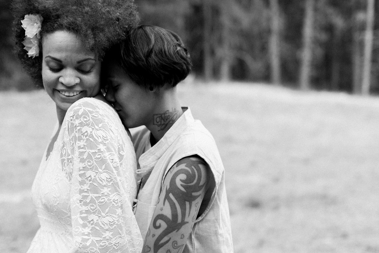 pnw same sex wedding photography.jpg