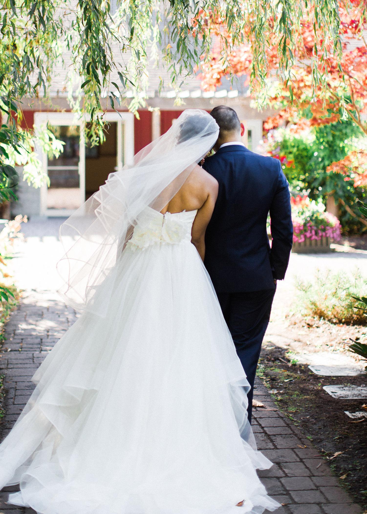 Seattle Wedding Photography Pickering Barn Wedding Venue.jpg