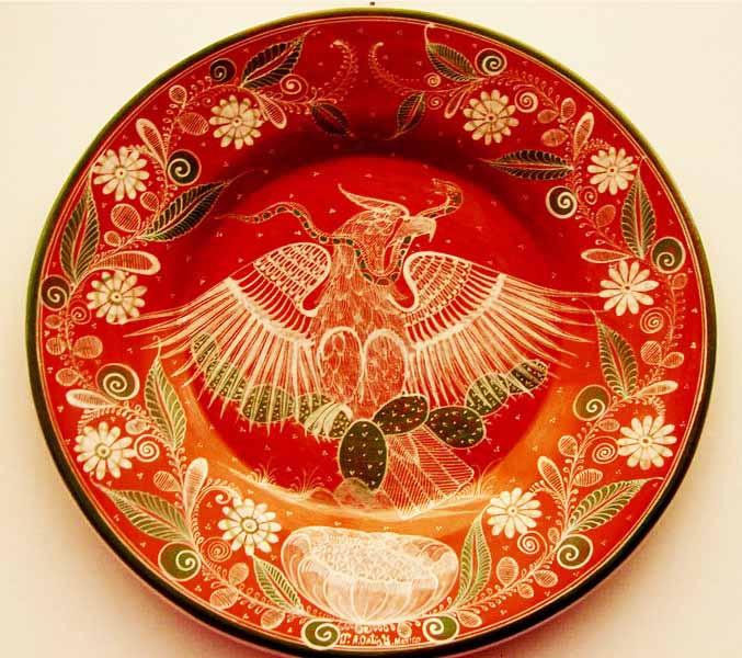 Angel Ortiz – Prolific Tonalá barro bruñido (burnished pottery) artist preserving his ancestral folk art and art-in-clay techniques.