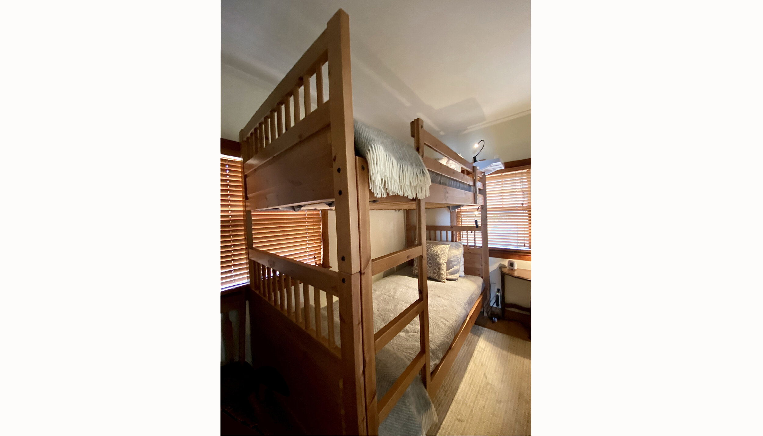 Twin Bed WEB_edited-1.jpg