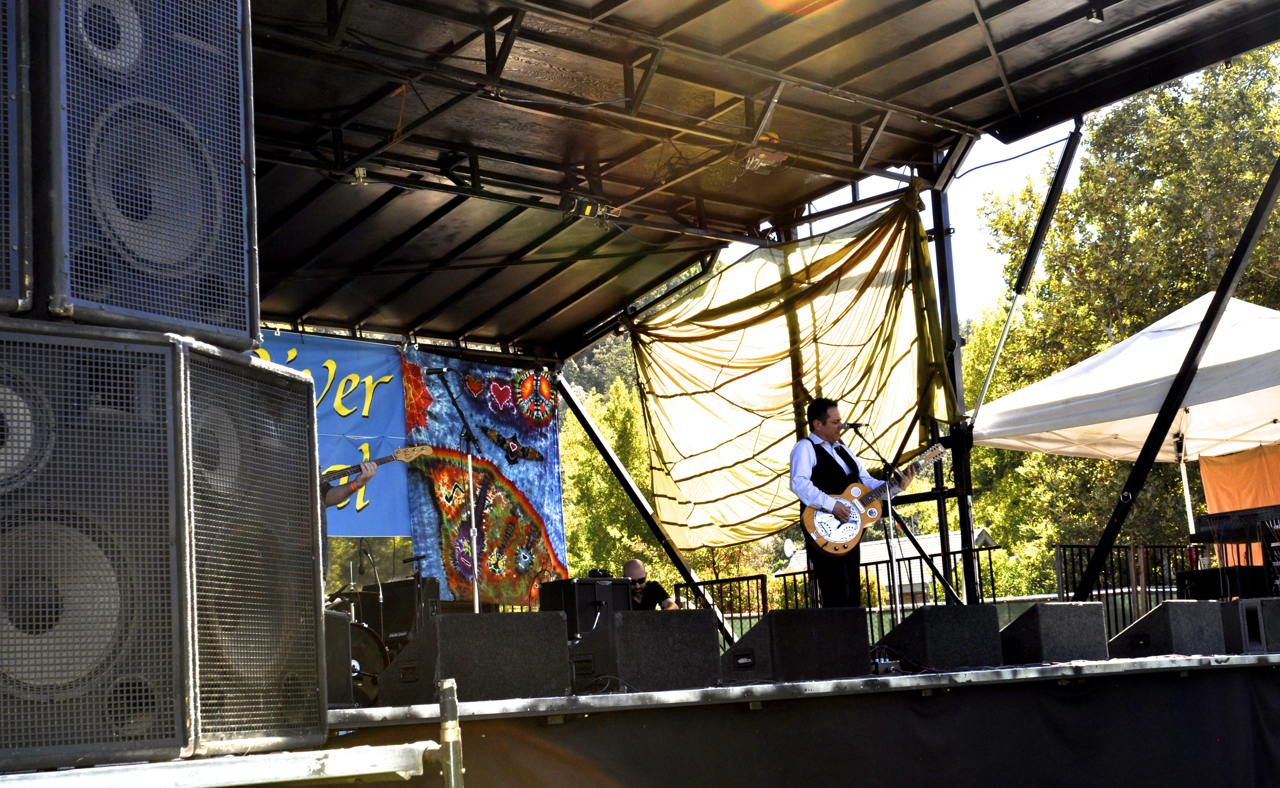 Dennis Johnson on stage at the Amercian RIver Music Festival