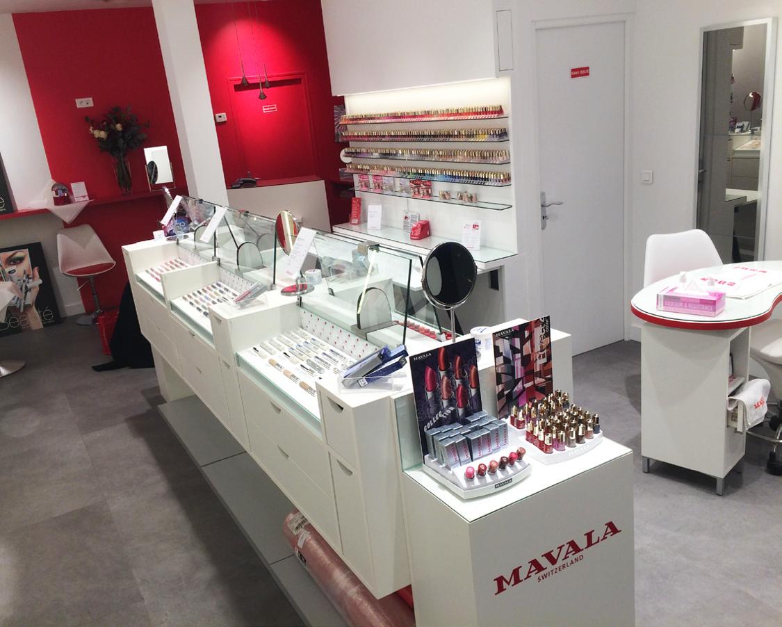Inside Mavala store2.png