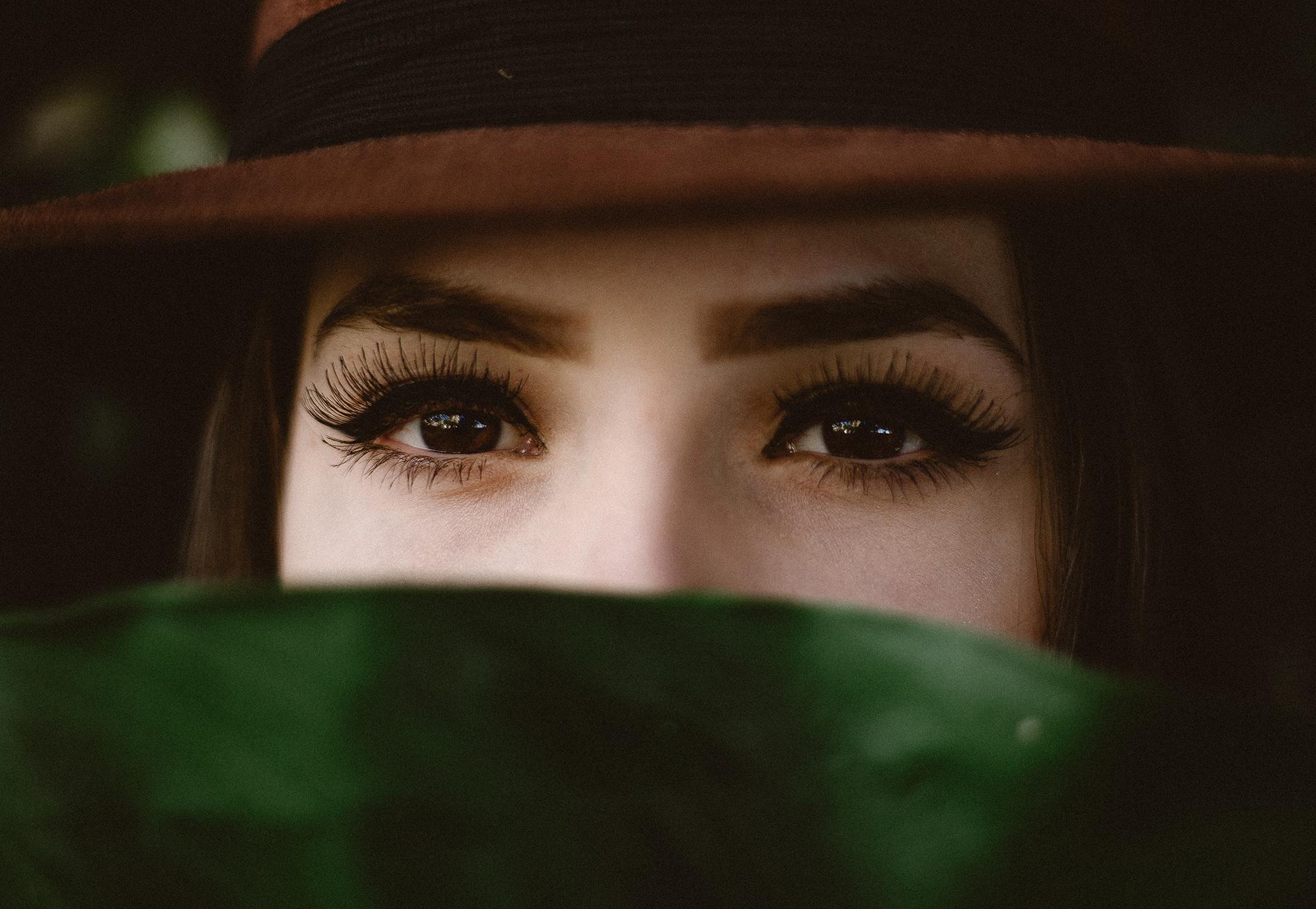 incredible-lashes.jpg